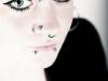 Lippen, Septum und Nasenpiercing